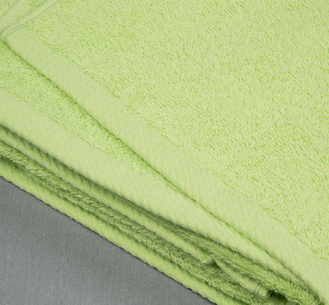 Oxford Apple Green Premium Pool Beach Towel 35″ x 68″