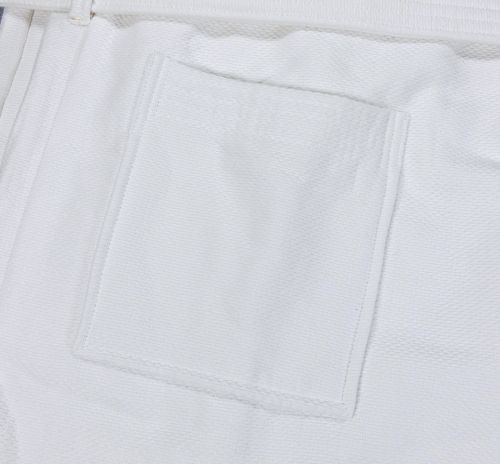 R110 48x60 White Bathrobe Pockets