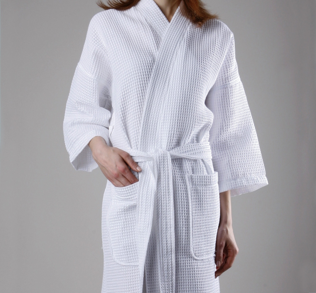 R127k 48x60 White Bathrobe Model